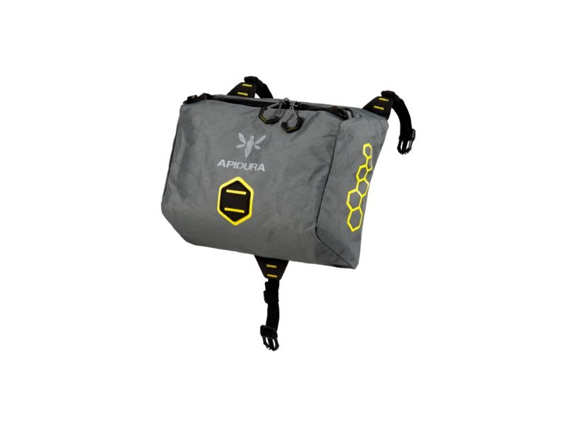 APIDURA Backcountry Accessory Pocket 4.5L click to zoom image
